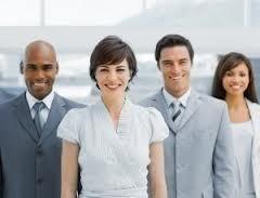 leadership 4 personnes femme en tête