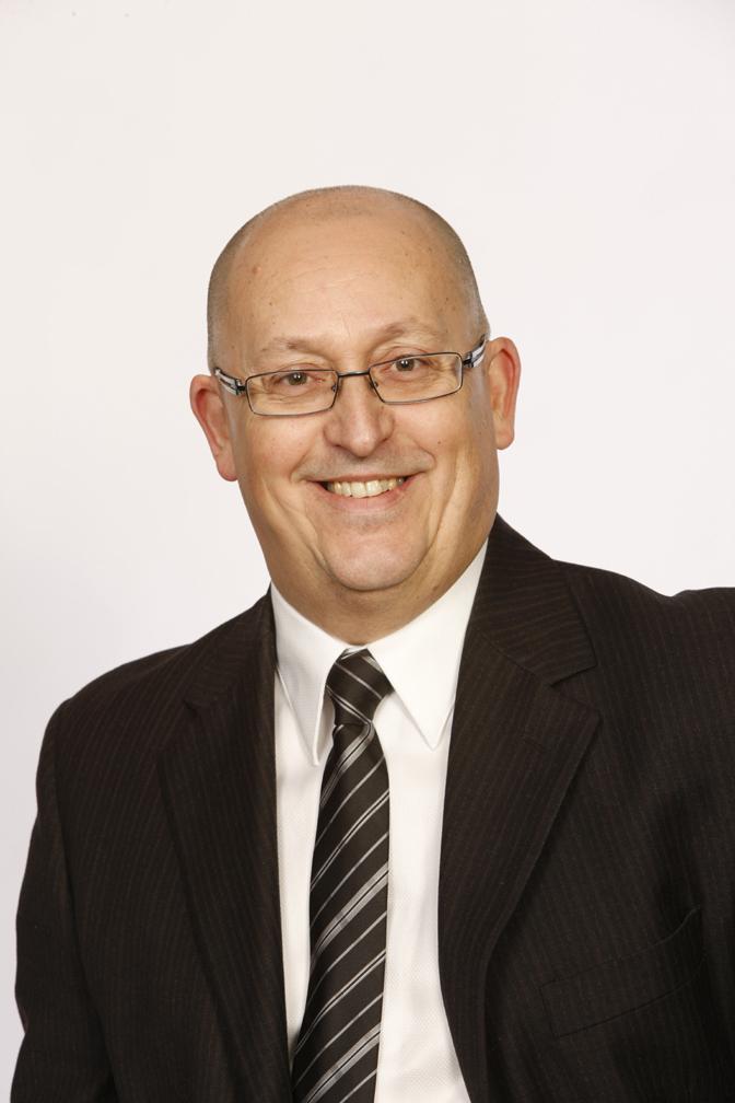 photo guy cravate veston